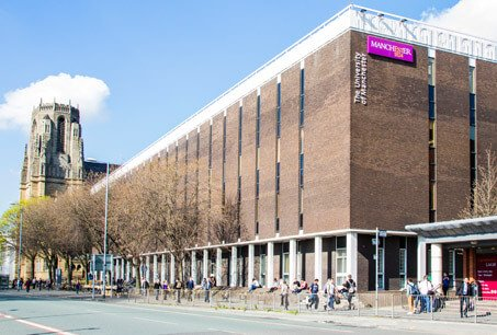 MANCHESTER MEDICAL SCHOOL: Manchester is one of the largest Medical Schools in the UK, which is ideal for students who want to meet lots of people on their course. The Medical School has excellent learning resources and the city location makes it beneficial for students who want to be part of a busy environment.
